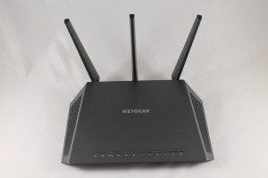 Netgear Nighthawk R7000 (4)