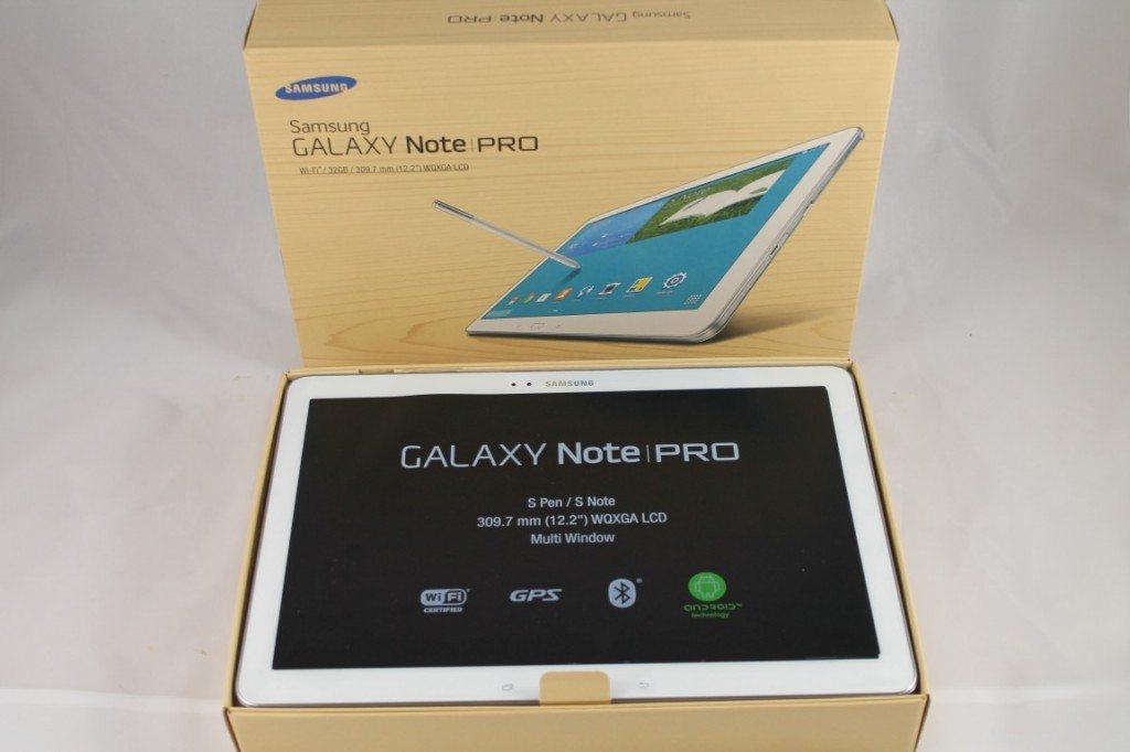 Unboxing Samsung GALAXY NotePRO (3)