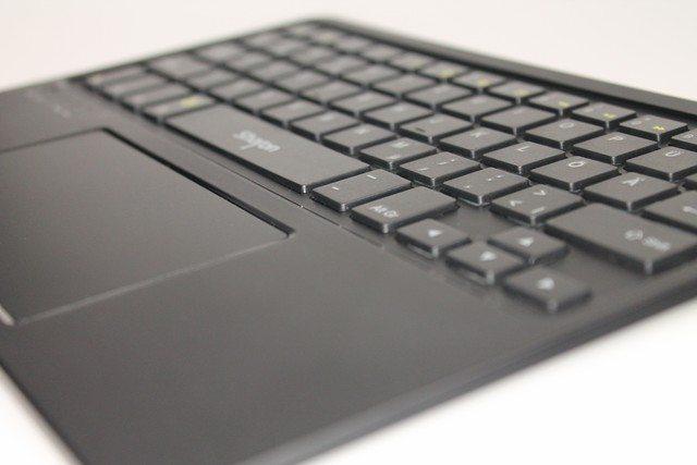 LEICKE Sharon Ultraslim Bluetooth-Tastatur im Test