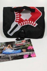 Grüezi Wash Bag (4)