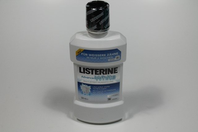 Listerine Advanced White im Test