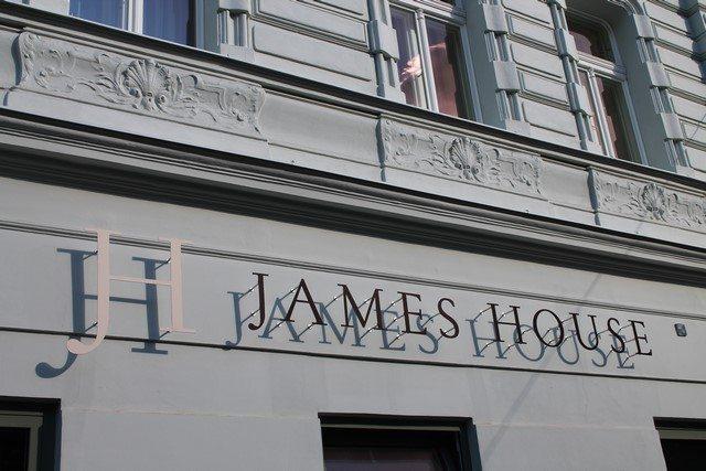 James House Prag (1)