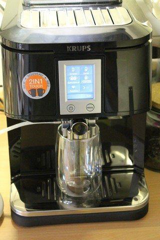 KRUPS 2in1 Touch Kaffeevollautomat EA8808 (101)