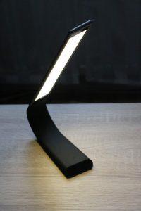 1byone LED-Tischleuchte (25)