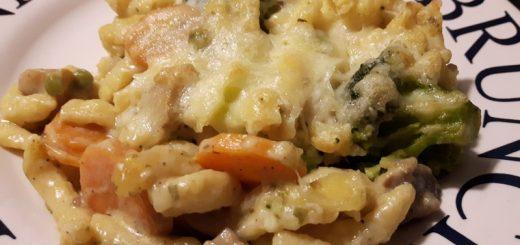 Rezept: Champignon-Brokkoli-Spätzle-Auflauf