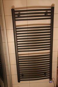 hudson-reed-elektrischer-handtuchheizkoerper-3