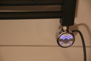 hudson-reed-elektrischer-handtuchheizkoerper-4