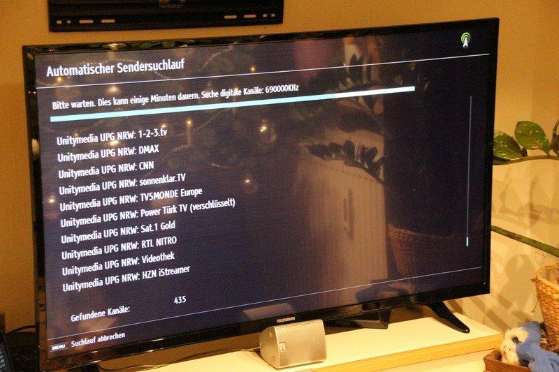 TELEFUNKEN Smart TV LU49FZ30 im Test
