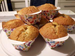 Rezept: Minikuchen mit Fruchtfüllung