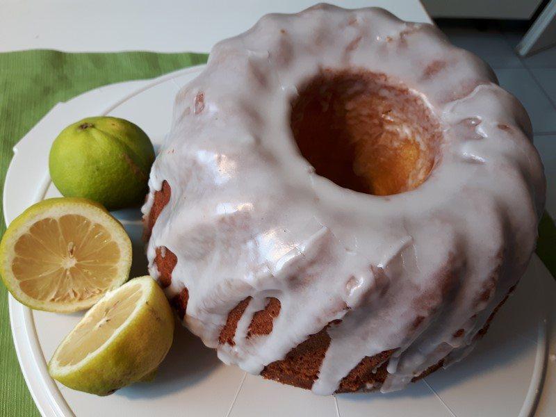 Rezept: Saftiger Zitronen-Gugelhupf