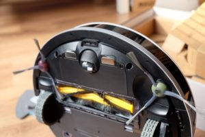 Smartes Saugen und Wischen mit dem ECOVACS DEEBOT OZMO 900 Saug- & Wischroboter