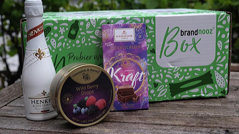 brandnooz Danke Box Henkel, Wild Berry Drops, Hiederbegger